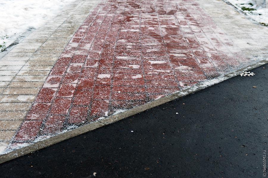Как ухаживать за тротуарной плиткой зимой